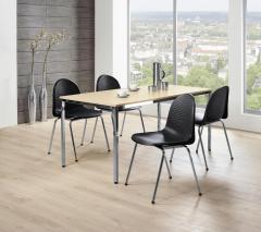 Set-Angebot: Schalenstühle und Tisch