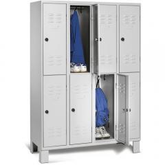 Doppelstöckige Garderoben-Stahlspinde BASIC mit Füßen