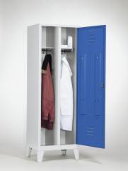 Garderoben-Stahlspinde CLASSIC mit Füßen - 2 Abteile, ein Verschluss
