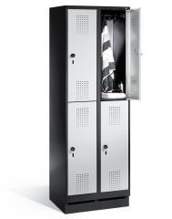 Doppelstöckige Garderoben-Stahlspinde SERIE EVOLO mit Sockel