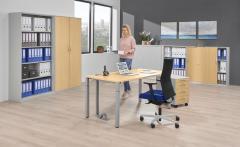 Schreibtische mit 4-Fuß-Quadratrohr DELTAFLEXX