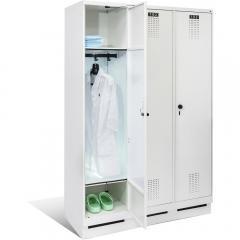Garderobenschränke mit UV-C Entkeimungsmechanik