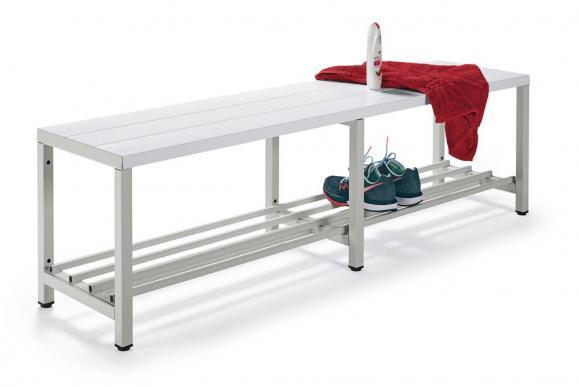 Sitz- und Garderobenbänke mit weißen Kunststoffleisten