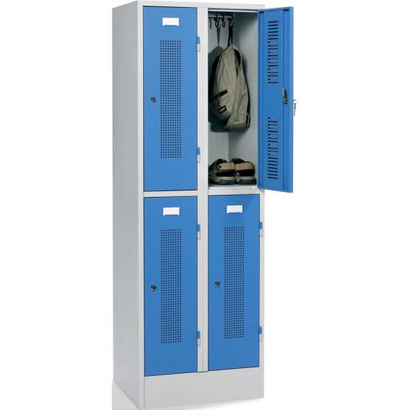 Doppelstöckiger Spind SYSTEM SP1 mit Sockel Lichtblau RAL 5012 | 300 | 4 | Zylinderschloss