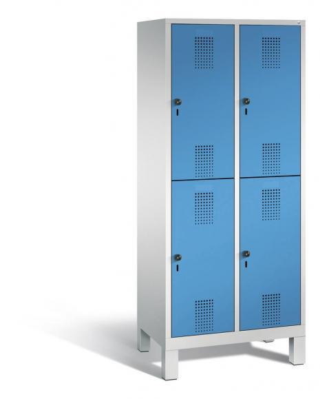 Doppelstöckiger Garderobenspind EVOLO mit Füßen Lichtblau RAL 5012 | 400 | 4 | Lichtgrau RAL 7035