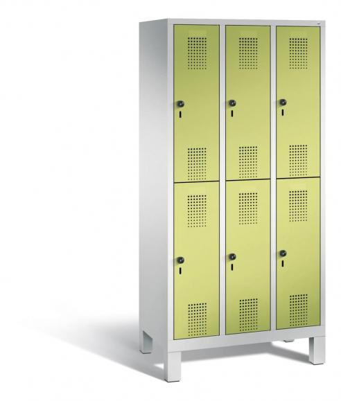 Doppelstöckiger Garderobenspind EVOLO mit Füßen Apfelgrün | 300 | 6 | Lichtgrau RAL 7035