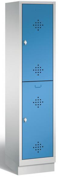 Doppelstöckiger Garderobenspind CLASSIC mit Sockel Lichtblau RAL 5012   400   2