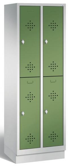 Doppelstöckiger Garderobenspind CLASSIC mit Sockel Resedagrün RAL 6011 | 300 | 4