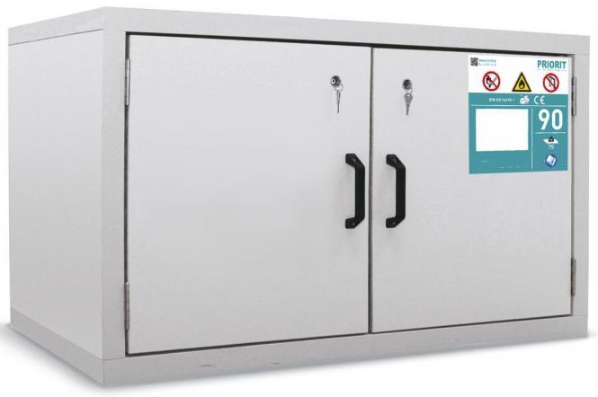 Untertisch-Sicherheitsschrank 2-flüglig Typ90 1x Fachböden 1x Lochblech 1x Bodenauffangwanne 24L