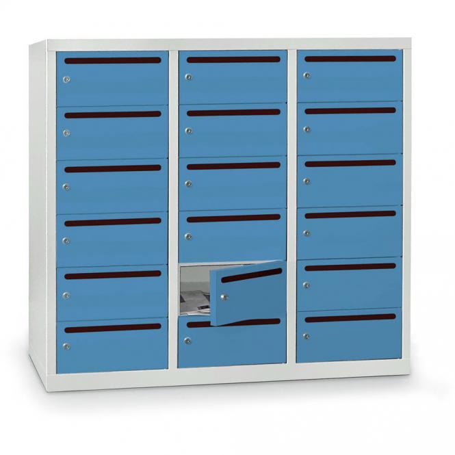 Postverteilerschrank zur Wandaufhängung, 18 Fächer Lichtblau RAL 5012   18
