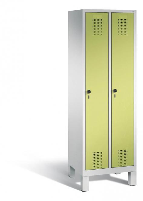 Garderoben-Stahlspind SERIE EVOLO mit Füßen Apfelgrün | 300 | 2 | Lichtgrau RAL 7035