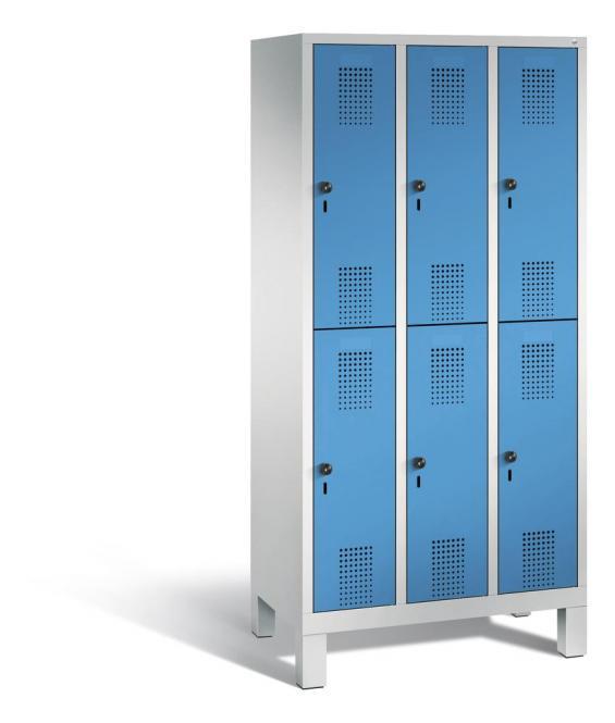 Doppelstöckiger Garderobenspind EVOLO mit Füßen Lichtblau RAL 5012 | 300 | 6 | Lichtgrau RAL 7035