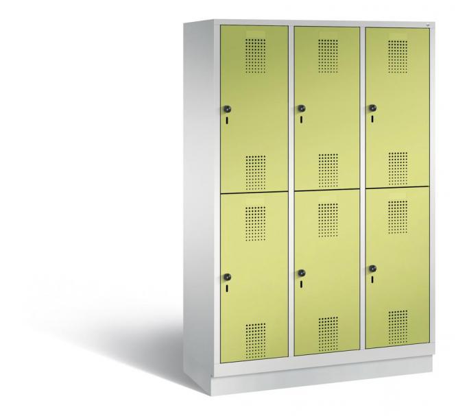 Doppelstöckiger Garderobenspind EVOLO mit Sockel Apfelgrün | 400 | 6 | Lichtgrau RAL 7035