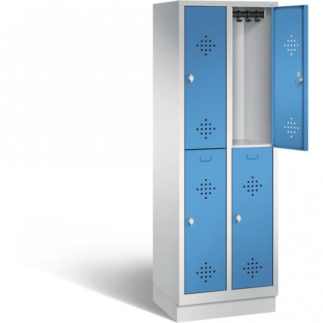 Doppelstöckiger Garderobenspind CLASSIC mit Sockel Lichtblau RAL 5012 | 300 | 4