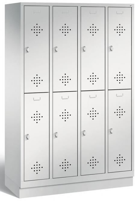 Doppelstöckiger Garderobenspind CLASSIC mit Sockel Lichtgrau RAL 7035   300   8   mit Sockel