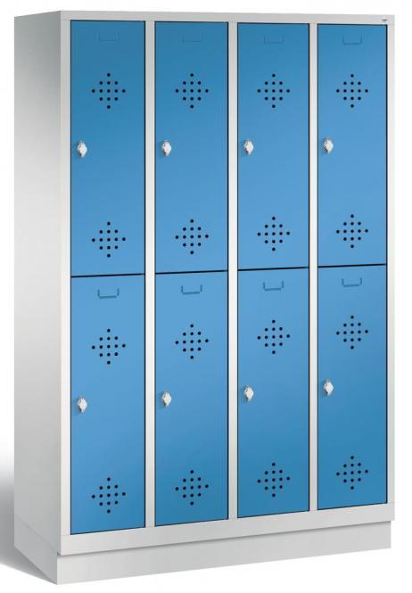 Doppelstöckiger Garderobenspind CLASSIC mit Sockel Lichtblau RAL 5012 | 300 | 8
