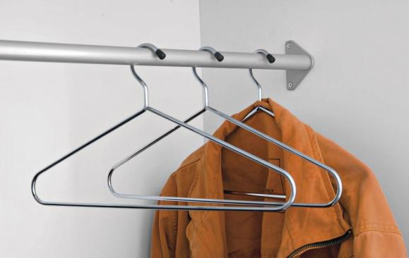 5 Kleiderbügel verchromt